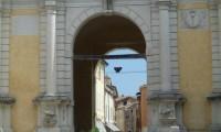 Porta Adriana 1